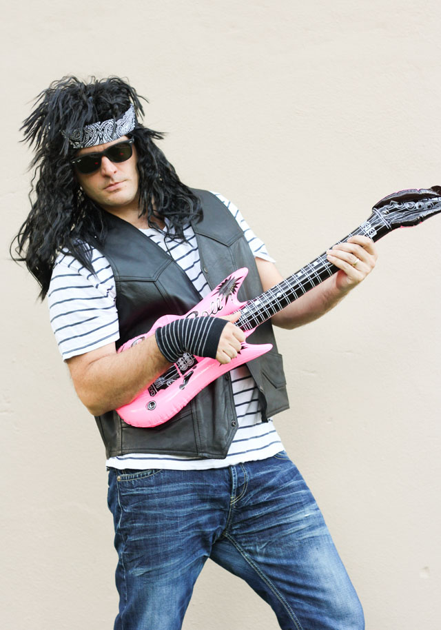 Love this 80s rocker costume idea for guys - that wig!