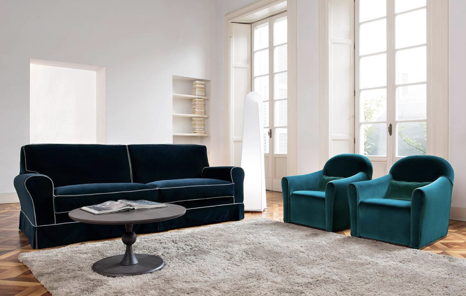 Italian contemporary sofa italian sofas at momentoitalia for Modern luxury furniture