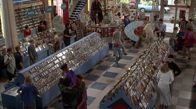 Hey look, it's actual black people inside Empire Records!