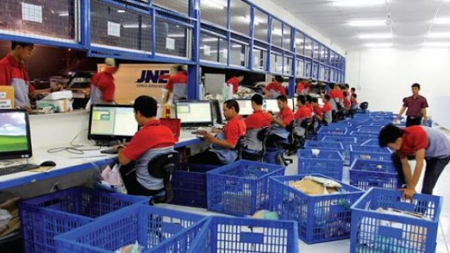 Packaging Center JNE.