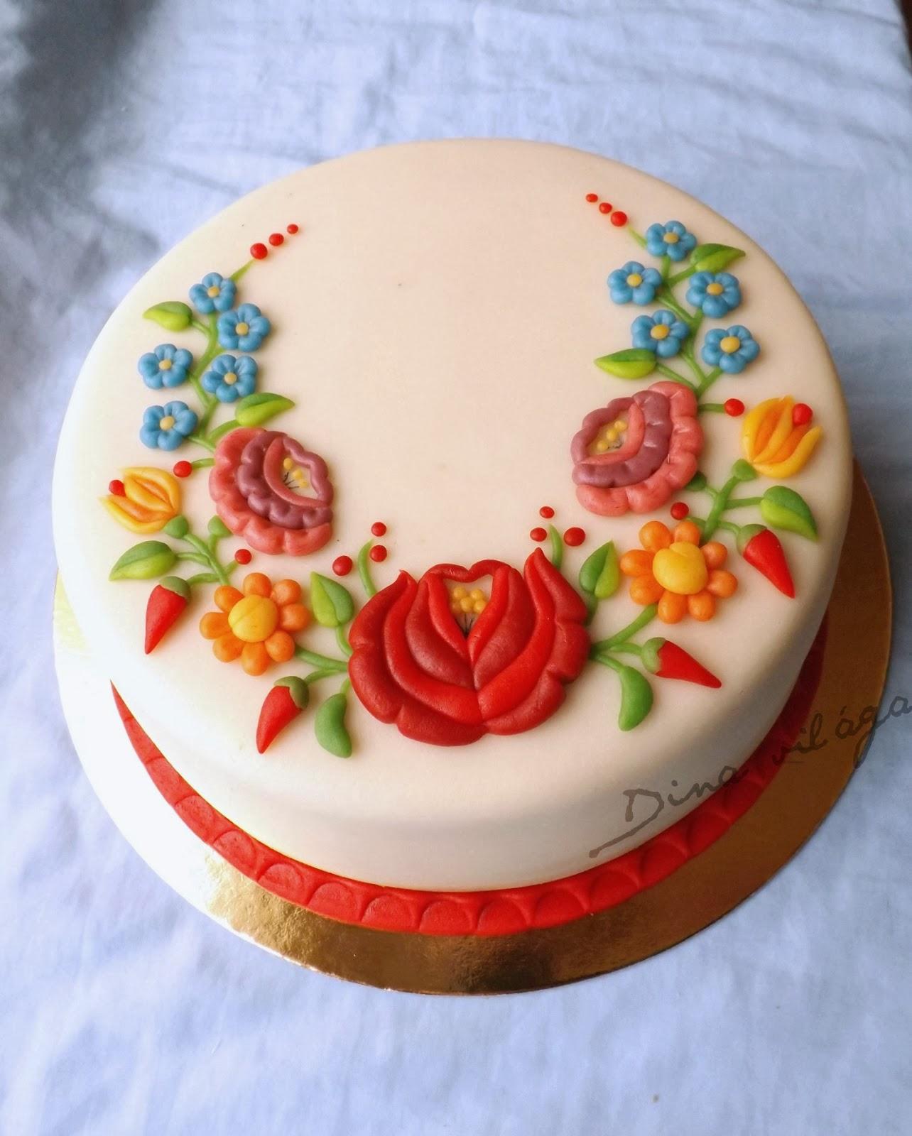 kalocsai mintás torta képek Kalocsai torta kalocsai mintás torta képek