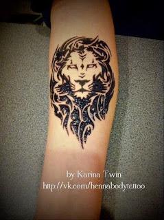 тату хной лев