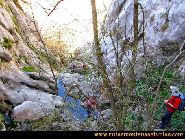 Ruta al Campigüeños y Carasca: Último tramo de la  Foz de Melordaña