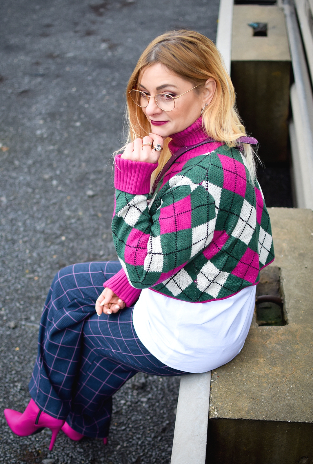 was passt zu einem kurzen Pullover, Crop Sweater