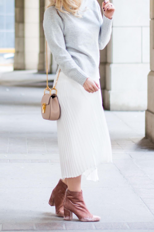 c9267ef1c2 OOTD - White Pleats for Winter | La Petite Noob | A Toronto-Based ...