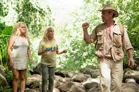 Goldie Hawn, Amy Schumer and Christopher Meloni in Snatched (2017) (11)