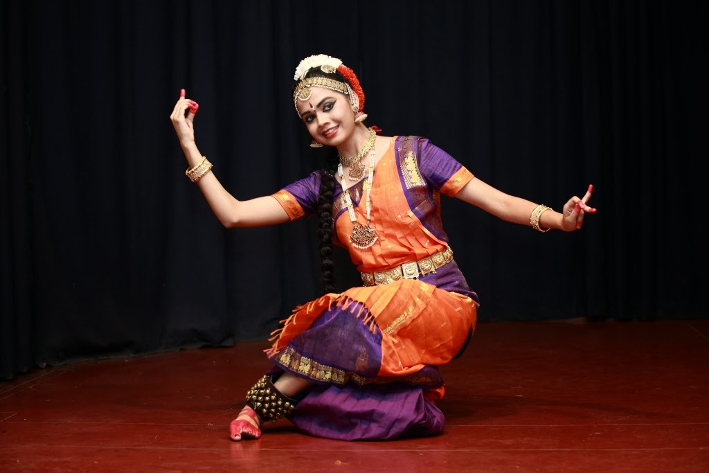 bharatanatyam poses - photo #38