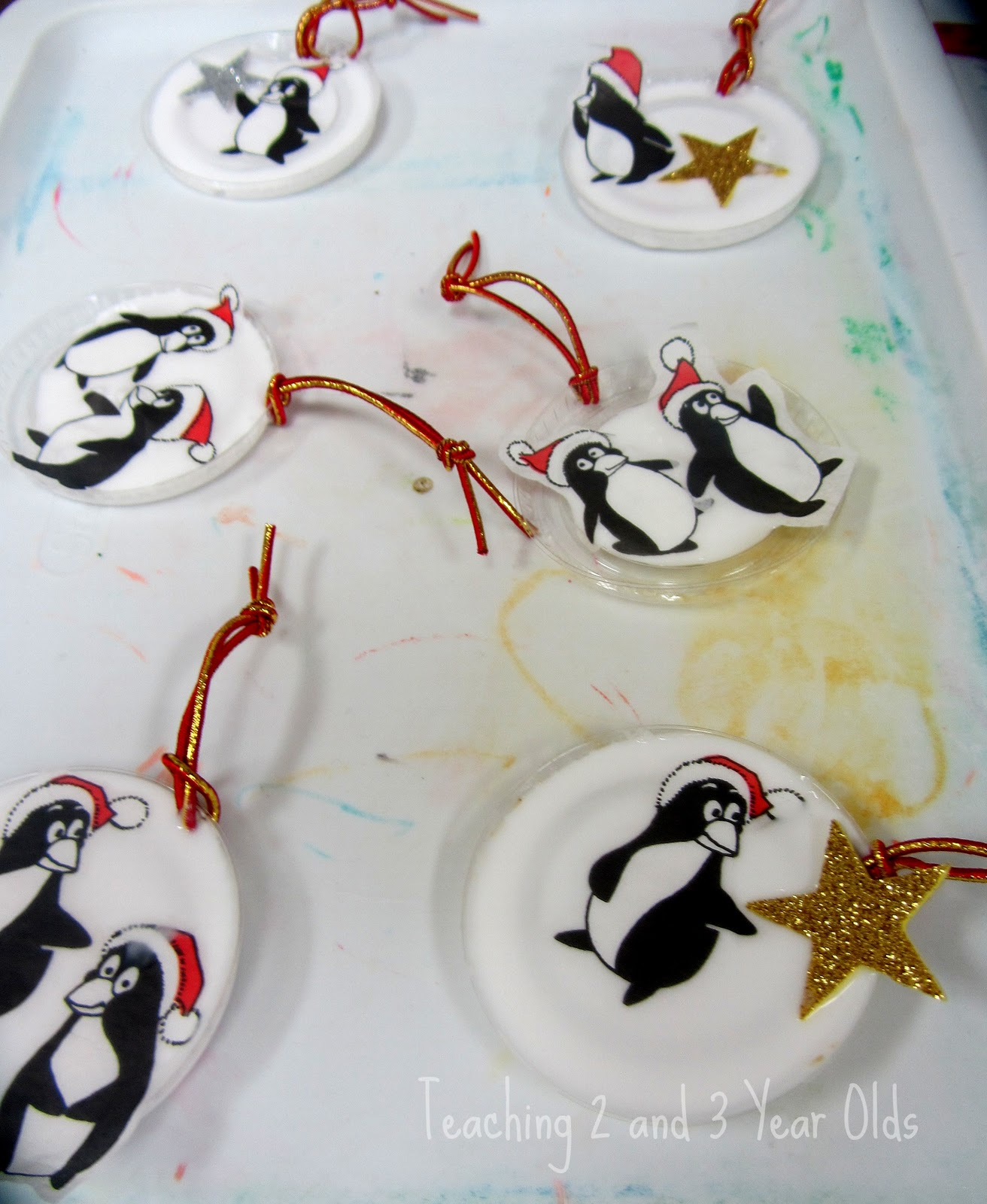 Easy Christmas Ornaments Kids Can Make Using Recycled