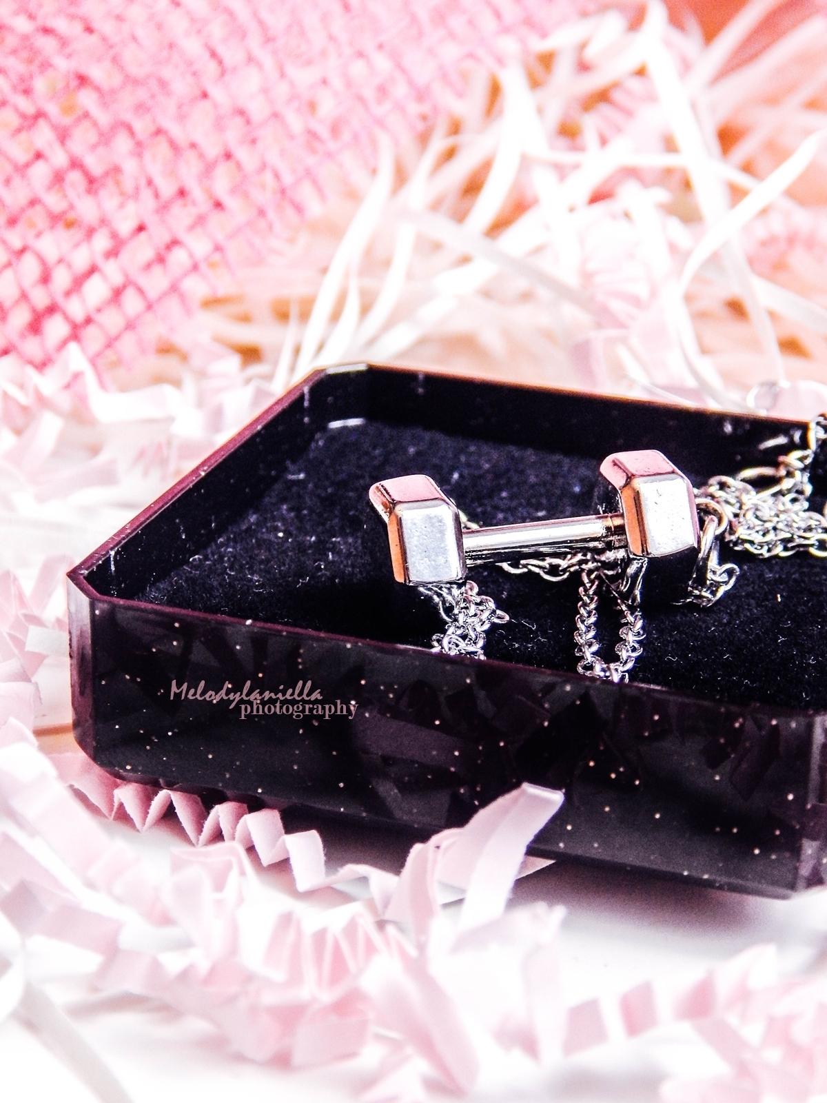 dodatki dla aktywnych dziewczy srebrna bizuteria power jewels powerjewels ciężarki hantle bransoletka łańcuszek