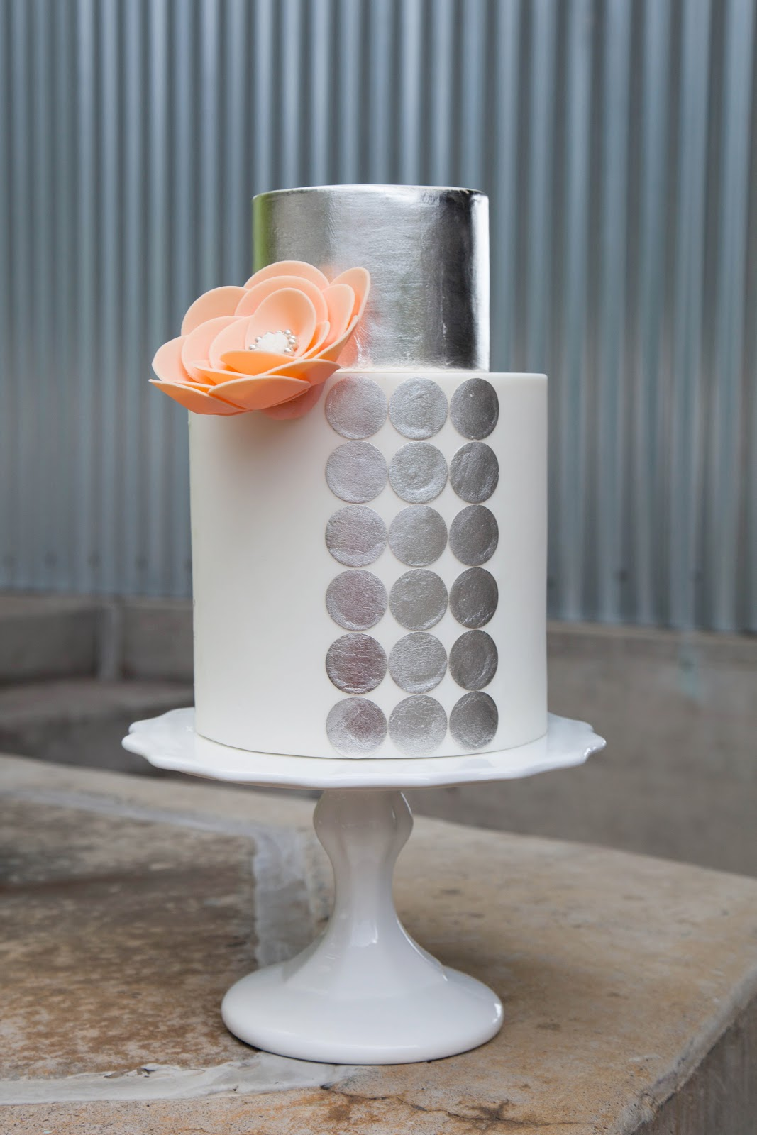 Silver Edible Paint For Decorating Cakes