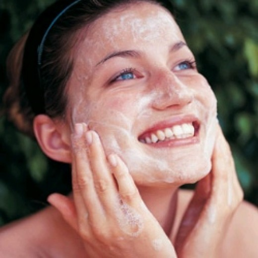 http://www.bhtips.com/2015/12/5-homemade-skin-cleansers-for-combination-skin.html