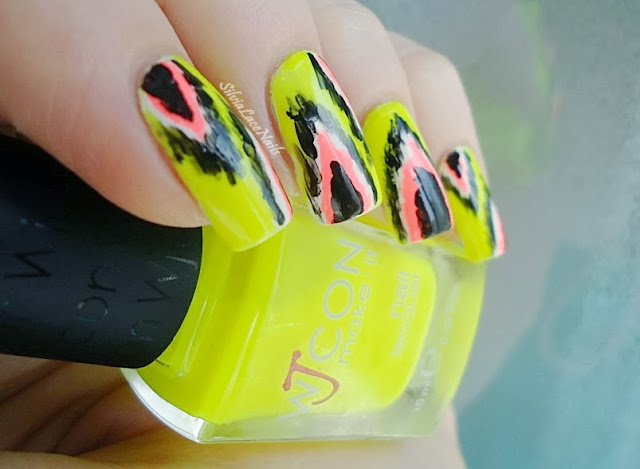 Silvia Lace Nails: neon Ikat nail art