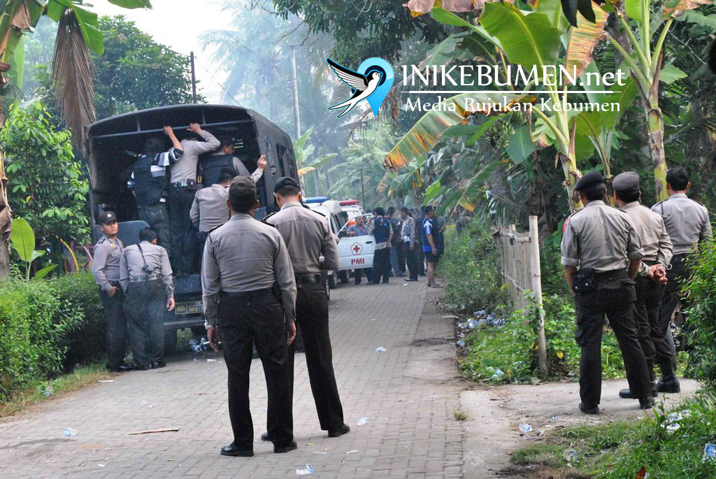Seorang Terduga Teroris Ditangkap Densus 88 Di Alian