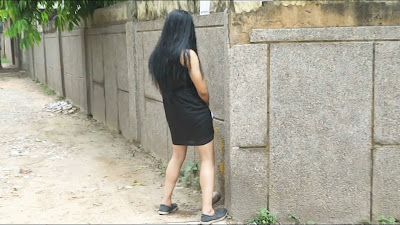 Hot Girl Peeing On Streets