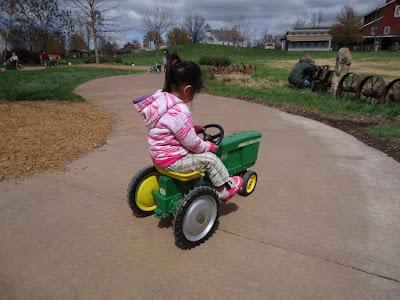 Deanna Rose Childrens Farmstead Pedal Tractor