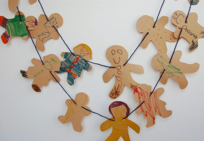 kids version of gingerbread garland christmas craft