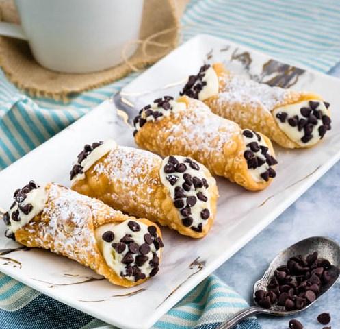 CANNOLI RECIPE #pastries #dessert
