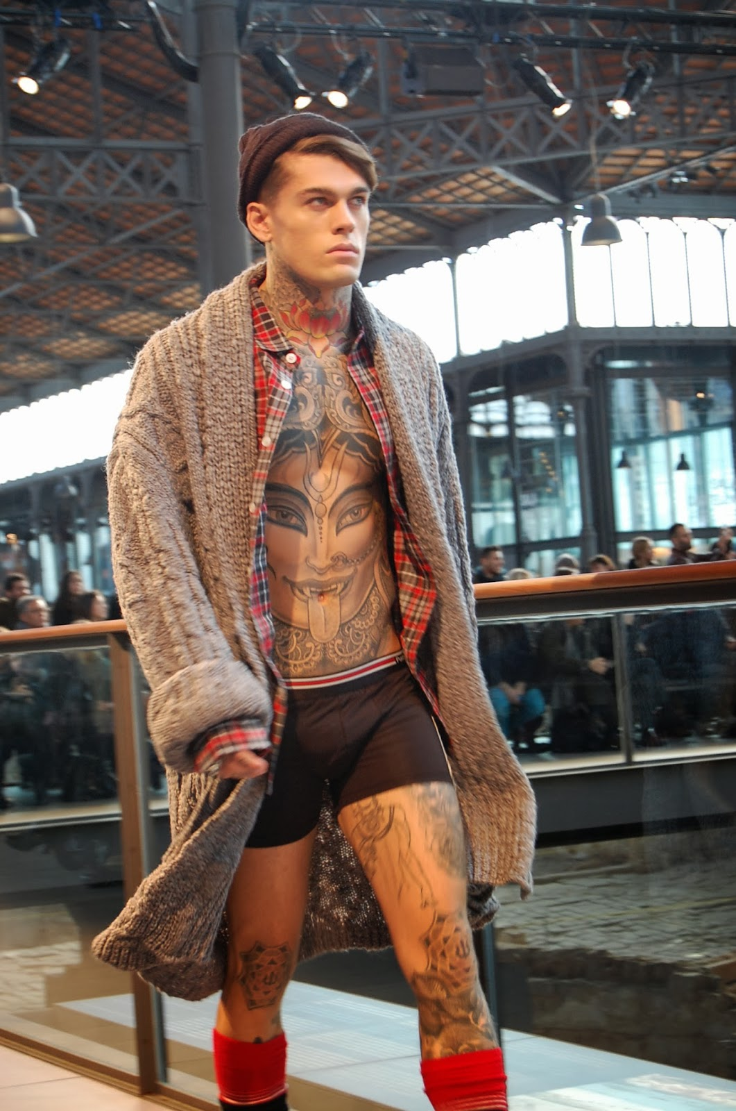 STEPHEN JAMES DESFILE PUNTO BLANCO 080 BARCELONA FASHION