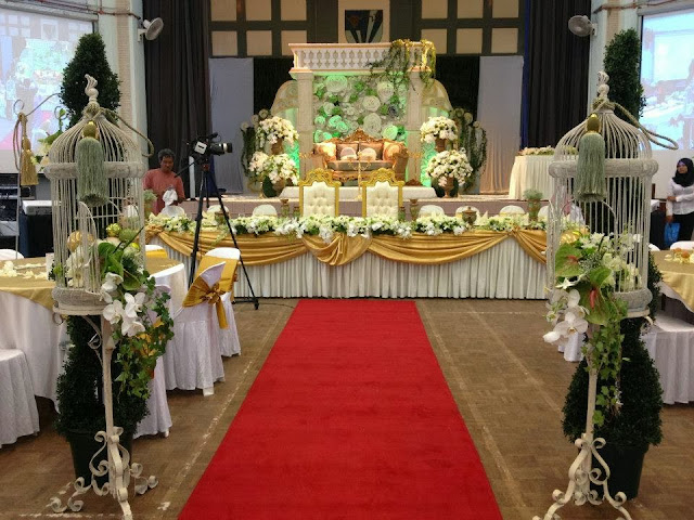 greenish white malay wedding