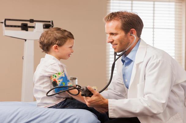 توصية بقياس ضغط الدم لدى الأطفال البدناء