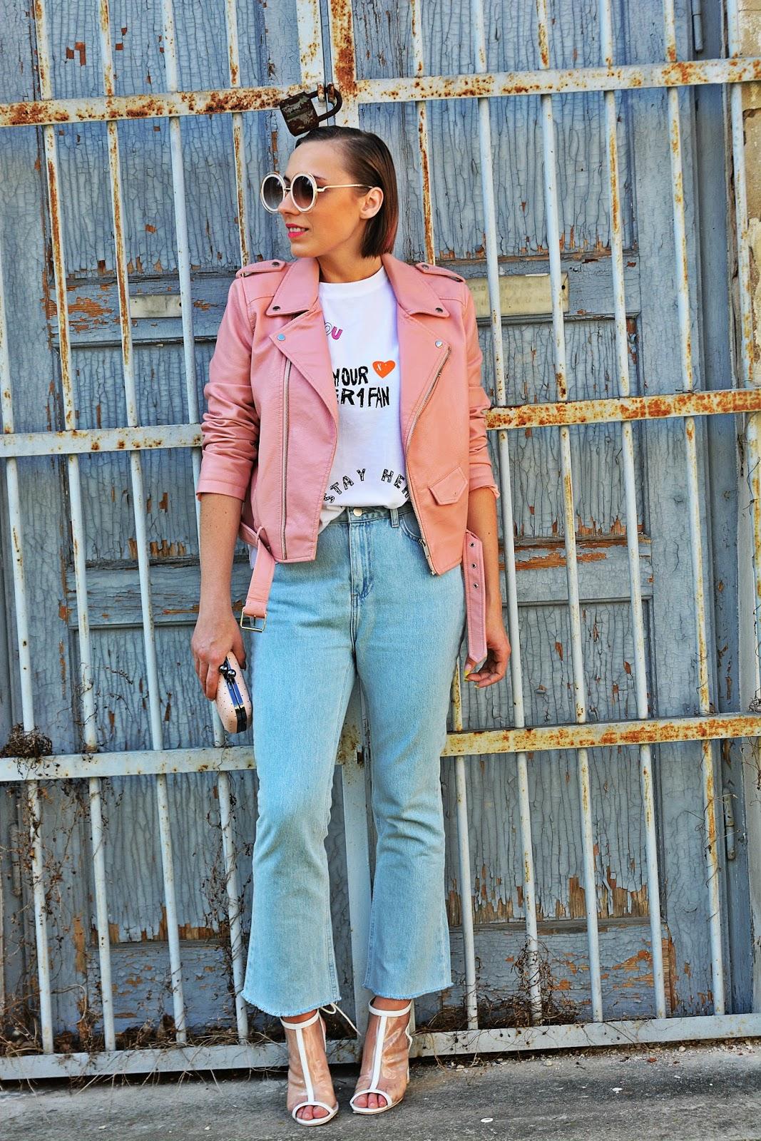 2_nakd_spodnie_jeansy_rozowa_ramoneska_przezroczyste_sandalki_renee_karyn_blog_modowy_220418