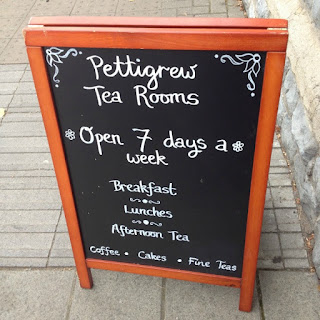 picture of chalk board advertising Pettigrew Tea Rooms