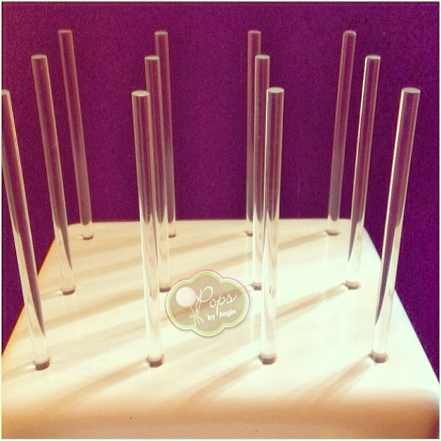 A KC Bakes Straw Stand with Acrylic Sticks