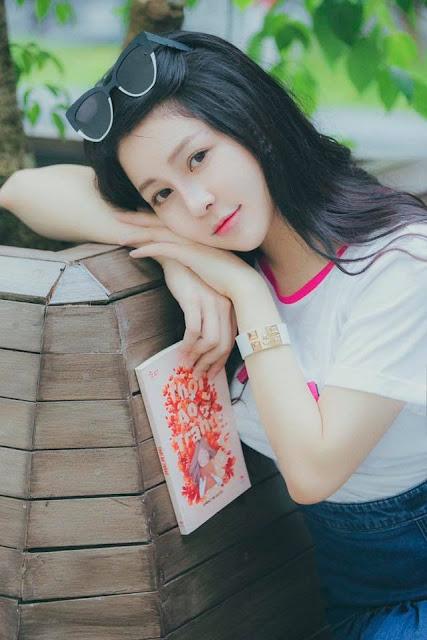 Hot girl Trâm Anh: Ngoại hình xinh đẹp đi kèm đời tư tai tiếng