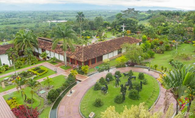 viajar sitios turisticos en colombia para jubilados eje cafetero