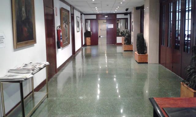 zona de alcaldía en el ayuntamiento de Barakaldo