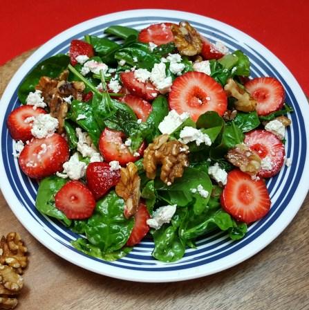Strawberry Feta Spinach Salad #Vegetariansalad #Salads