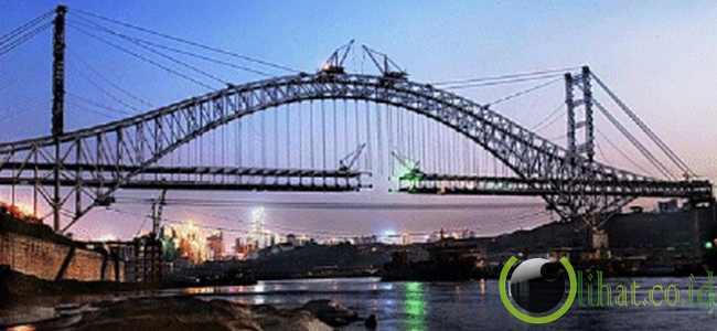 Jembatan Mahulu (789 Meter)