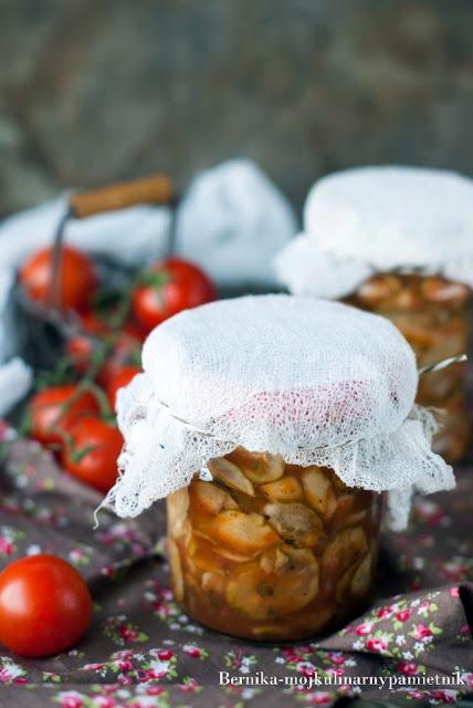 pomidory, ogorki, marynowanie, przetwory, salatka, ogorki marynowane, bernika, kulinarny pamietnik