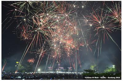 Happy New Year 2018, Pesta Kembang Api Di Gasibu - Bandung