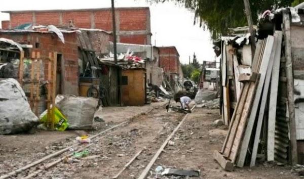 Advierten que la pobreza seguirá en aumento