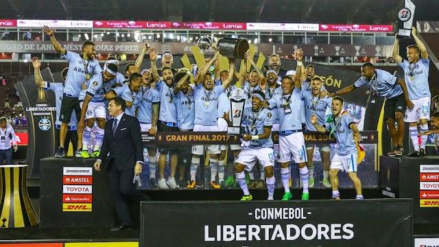 Grêmio se livra de trauma argentino e conquista o tri da Libertadores