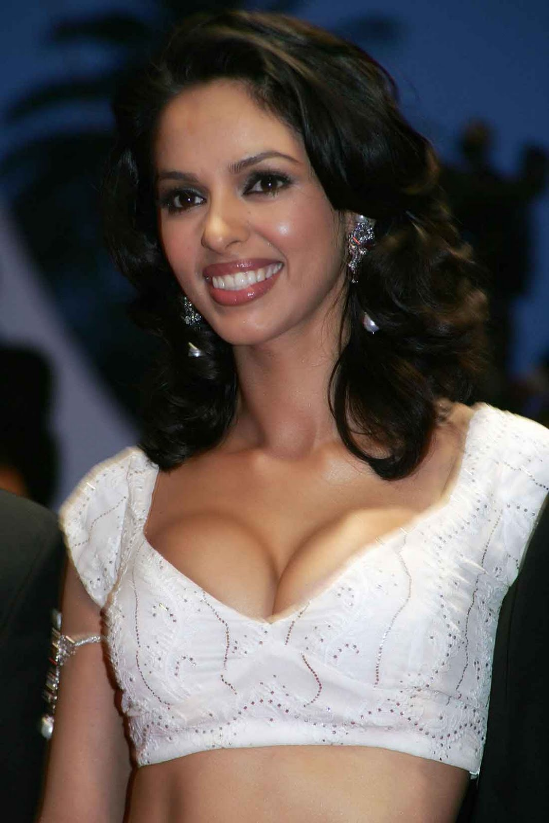 Mallika Sherawat Hot Cleavage Show  Hot Actress Sexy Pics-7909