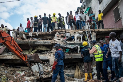 15 Rescued As Building Collapses In Lagos Island. LASEMA Response Unit And Other Emergency Services Still On Scene