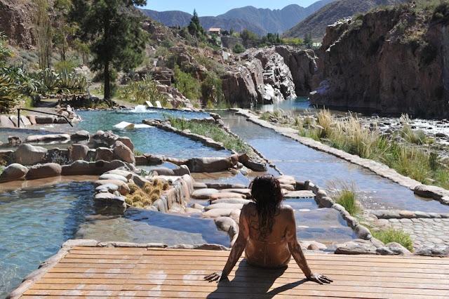 Passear pelas Termas de Cachueta em Mendoza