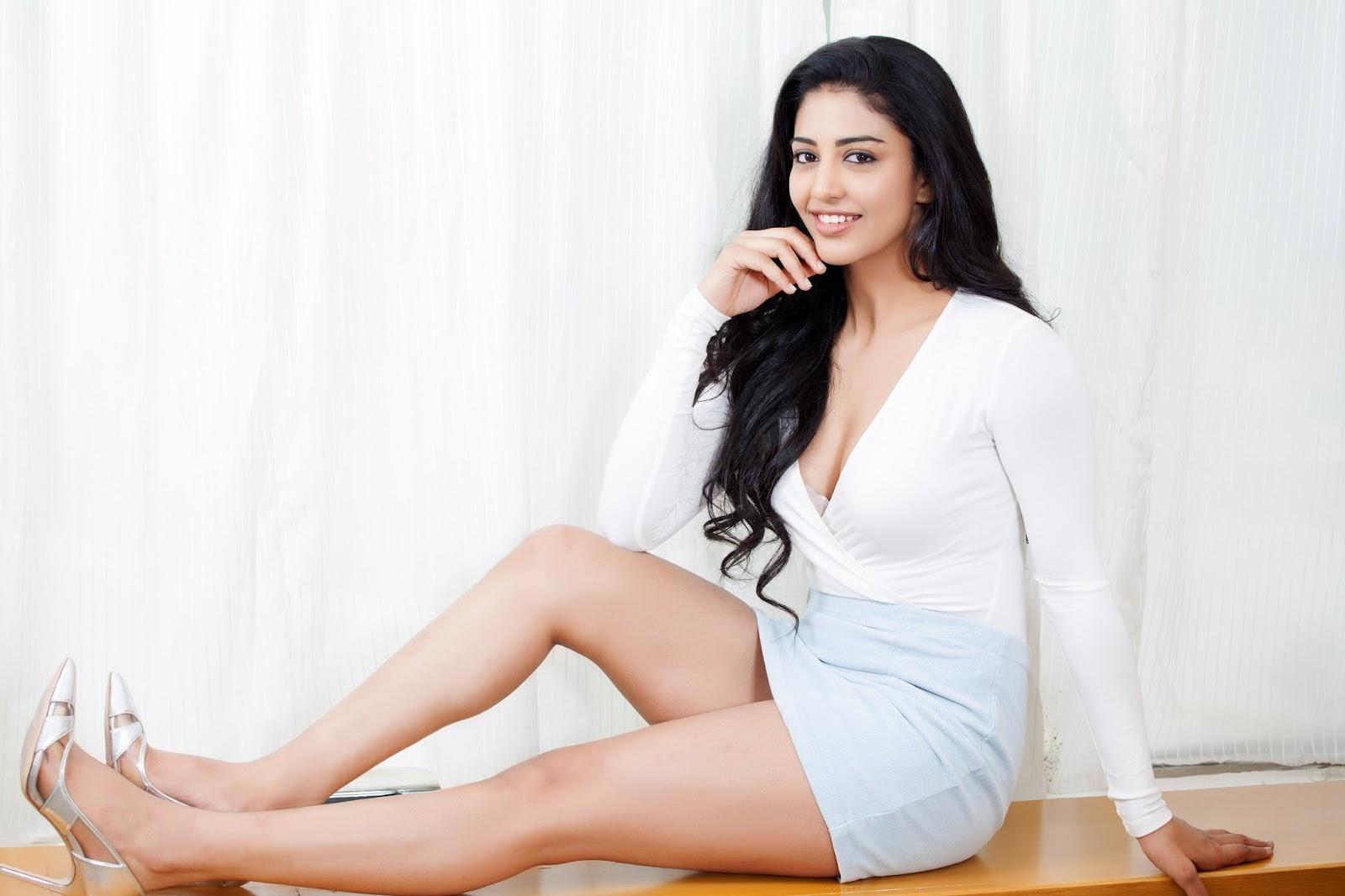 Telugu Actress Daksha Nagarkar Hot Photo Gallery