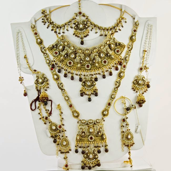 beautiful heavy kundan bridal set