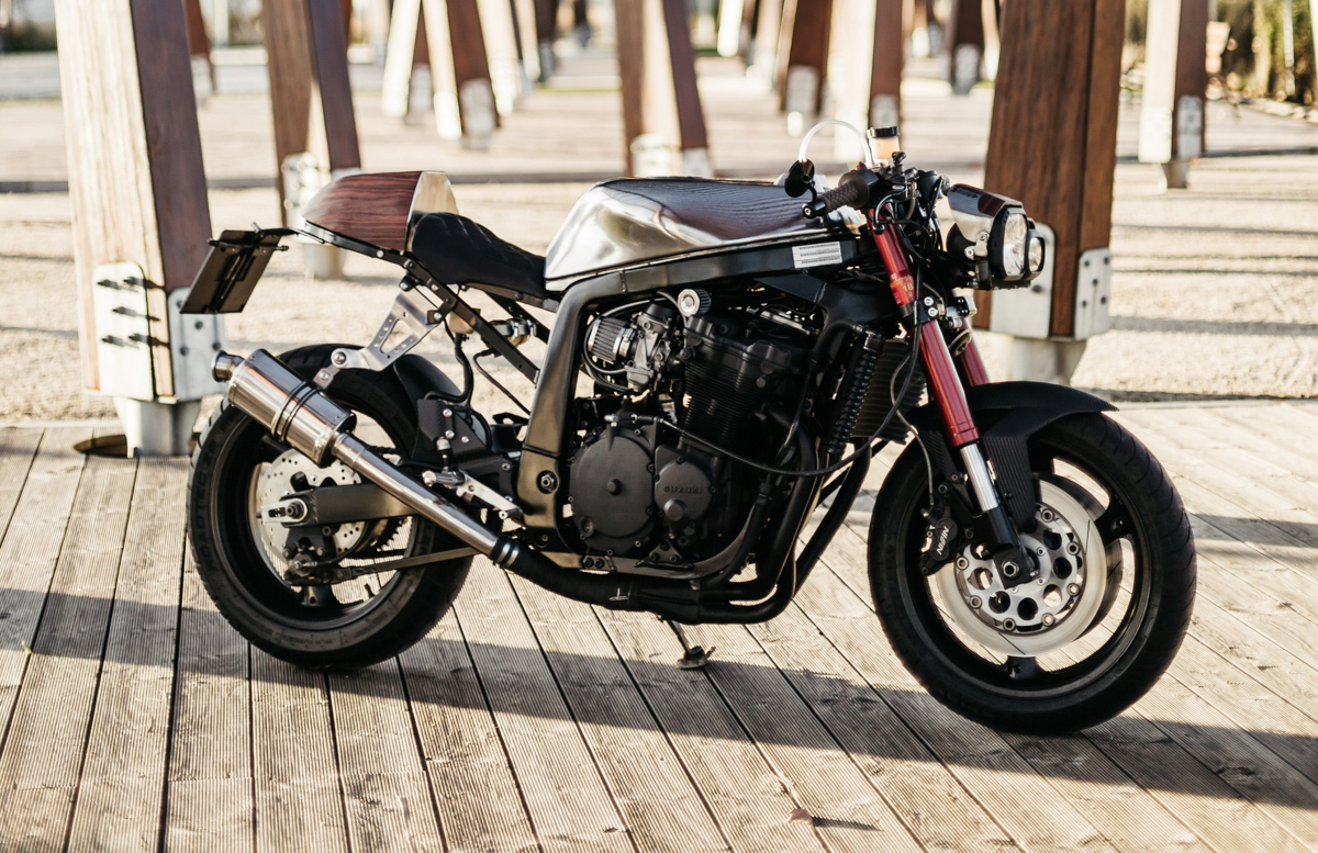 first round - foundry mc suzuki gsxr ~ return of the cafe racers