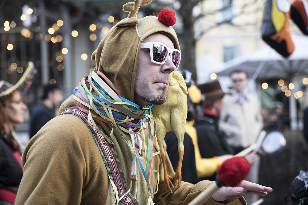 Vappu, Labour day, Finland, Suomi, Helsinki, streetphotography, Visualaddict, valokuvaaja, Frida Steiner, visitfinland, citylife, katuvalokuvaus, samba