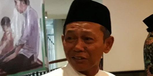 KH Abdul Qarim Akui Jokowi Belum Pernah Jadi Imam Salat di Masjid