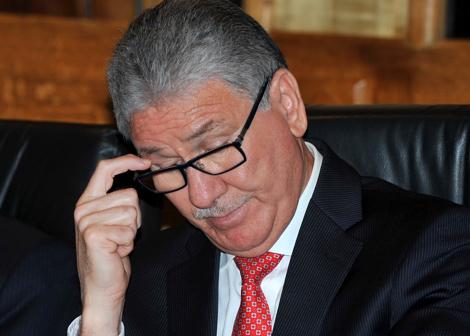 مطالب بماقاضاة وزارة الوردي بسبب أمصال العقارب