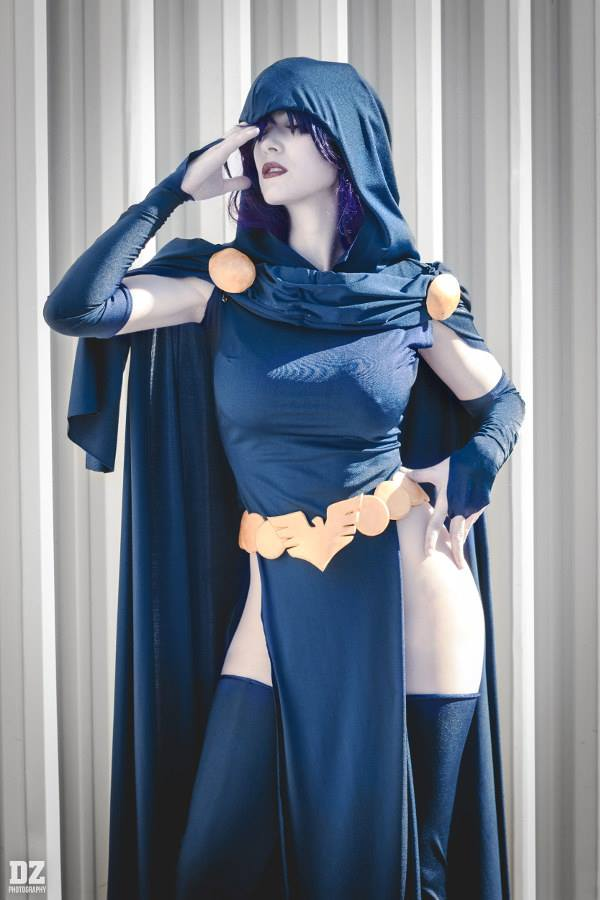 Nude cosplay babes raven dc comic sexy cosplay - Dive nude porno ...
