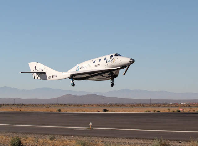 Virgin Galactic SpaceShipTwo Touching Down