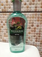 Pré Shampoo Esfoliante Detox Phytoervas direto do meu banheiro