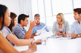 Posisi Duduk Saat Duduk di Kursi Meeting Secara Psikologi