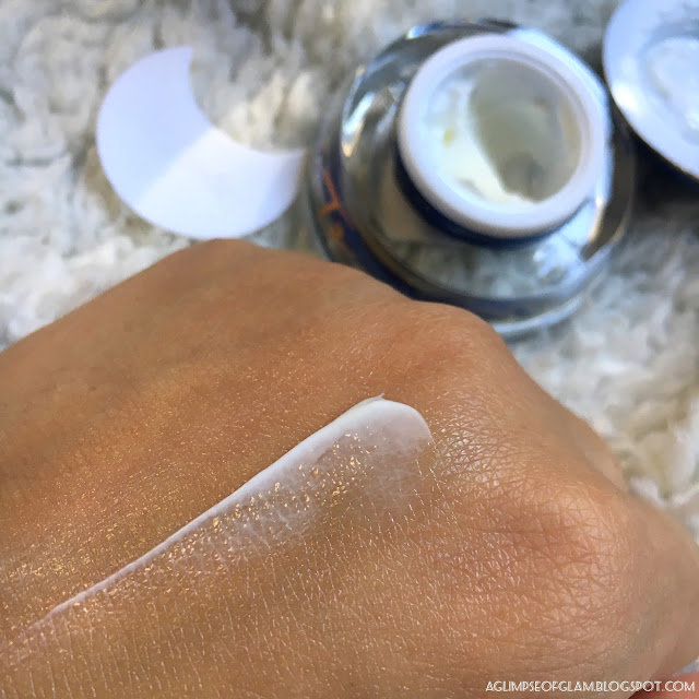 A Glimpse of Glam, VIICode Oxygen Eye Cream, VIICode Eye Cream, Eye skincare, Skincare, Skincare product, Product Review, Giveaway, Product Swatch, Eye cream swatch, Andrea Tiffany